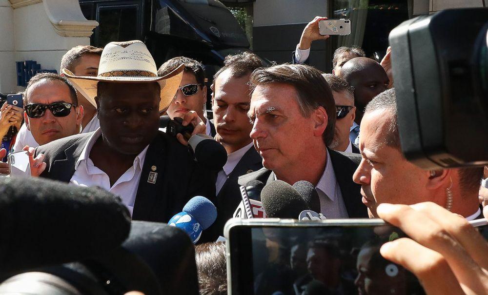 Bolsonaro chama manifestantes de 'idiotas úteis'