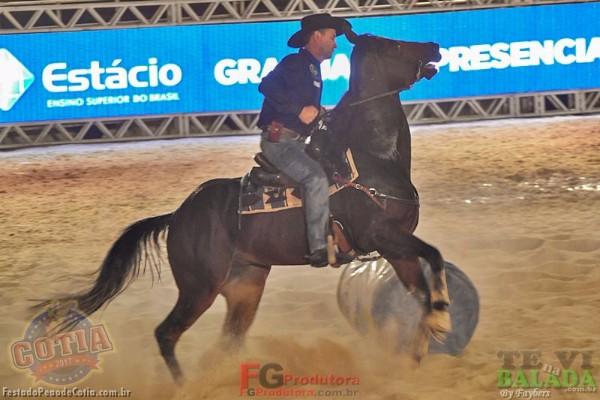 Zé Neto e Cristiano - Rodeio de Cotia 2017