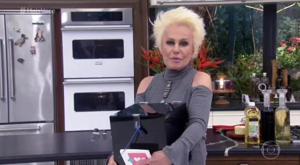 Ana Maria Braga comete gafe e chama Ariana Grande de Adriana