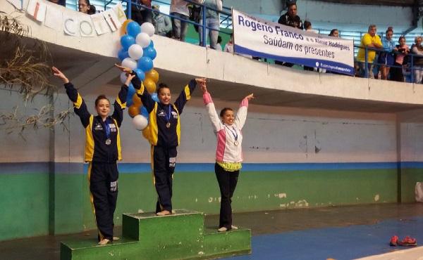 Cotia conquista três ouros na Copa Mercosul de Jiu-Jitsu