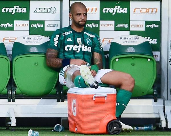 Felipe Melo fora por até seis semanas