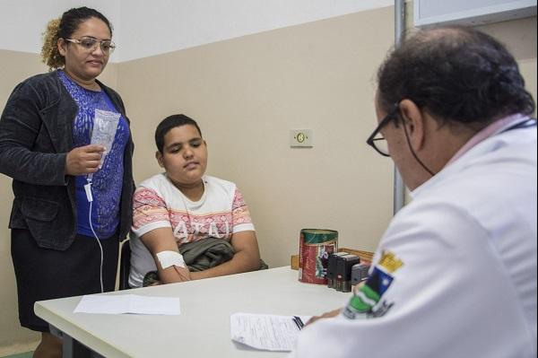 Saúde inicia mutirão médico para diminuir espera por consultas em Cotia