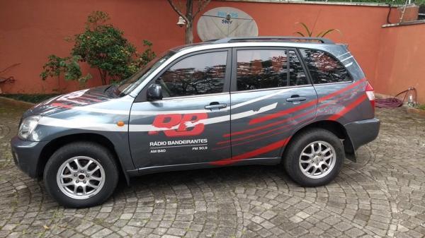 Carro da Rádio Bandeirantes é roubado durante reportagem