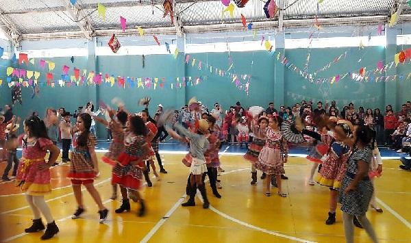 Festas juninas agitam escolas da rede de Barueri