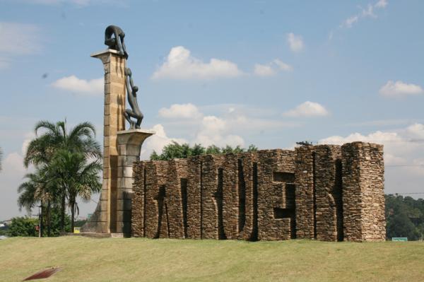 BARUERI está entre as 20 cidades mais inteligentes do Brasil
