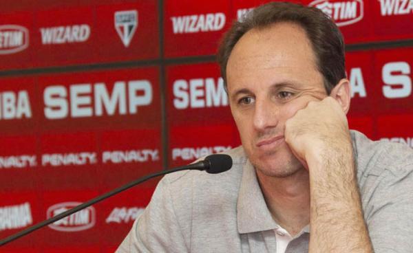 FUTEBOL: São Paulo demite técnico Rogério Ceni