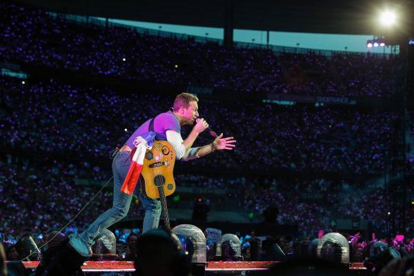 Coldplay anuncia show extra em São Paulo em 8 de novembro
