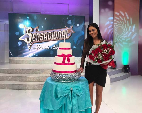Dani Albuquerque ganha festa surpresa de aniversário no 'Sensacional' com roteiro inspirado em clássicos de Silvio Santos