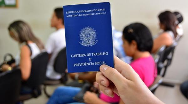 Mais de 3.800 vagas disponíveis no Emprega São Paulo