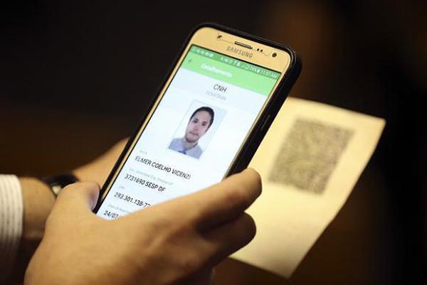 Carteira de Habilitação digital começará a valer em fevereiro de 2018