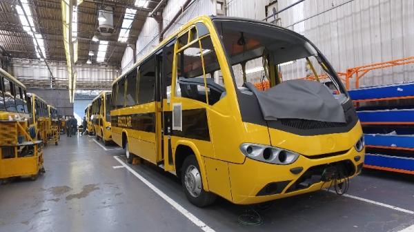 Novos ônibus iniciam transporte escolar em Barueri em agosto