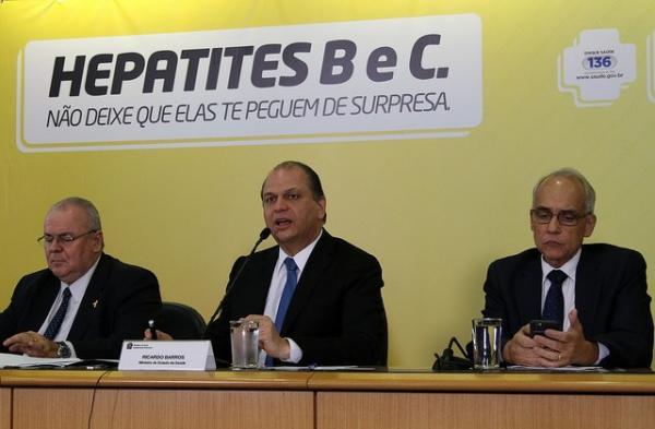 Ministério da Saúde vai oferecer novo tratamento para hepatite C no Brasil