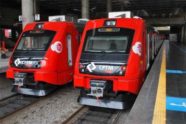 Metrô e trens da CPTM podem entrar em greve nesta terça-feira