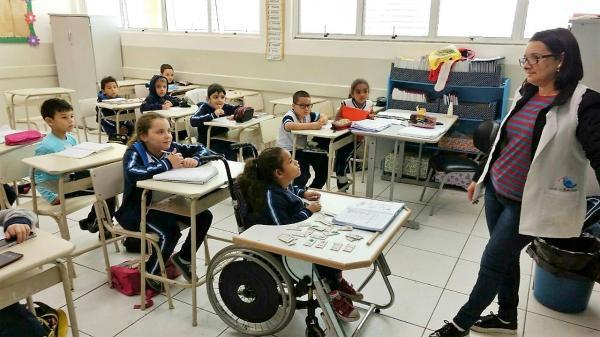 Educação de Barueri investe em acessibilidade para alunos com deficiência