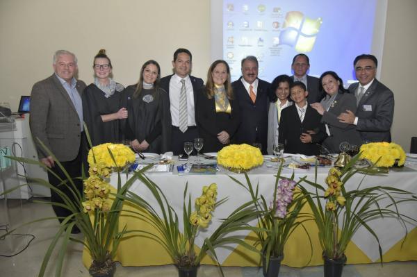 Rotary Club Mulheres Empreendedoras empossa diretoria