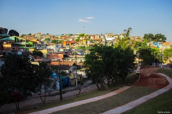Prefeito visita obras do Parque Linear e Centro da Juventude