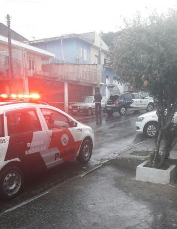 Policial é executado com vários tiros no Recanto Suave