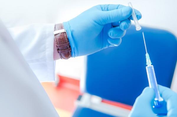 Em Cotia, vacina contra HPV está disponível apenas para meninos com idade entre 11 e 14 anos