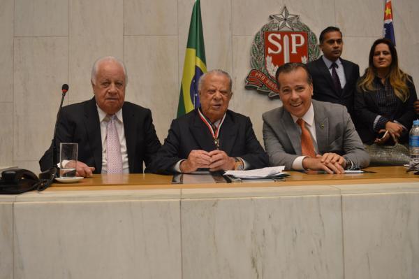 Deputado José Camargo recebe honra ao mérito na Assembleia Legislativa de São Paulo