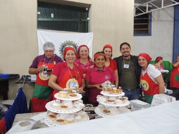 Festa das Nações reuniu bastante público e agitou a Granja Viana
