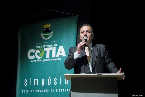 Rogério Franco apresenta nova política de relacionamento com empresários
