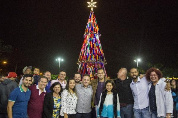 Luzes de Natal encerram a festa de aniversário de Caucaia