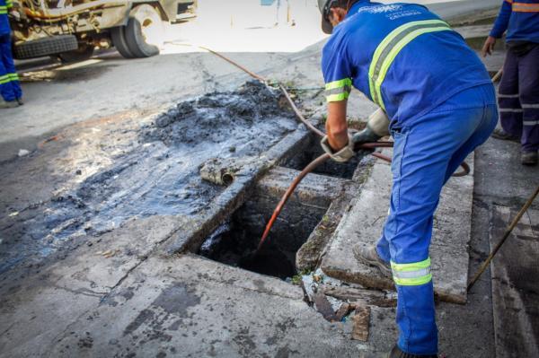 Carapicuíba realiza ações de prevenção e combate a enchentes na cidade