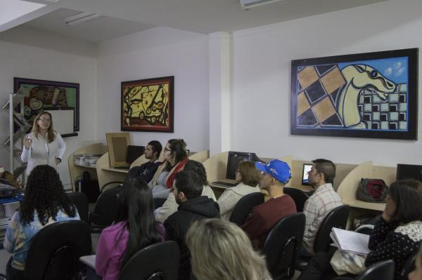Prefeitura de Cotia oferece oficina gratuita de fotografia