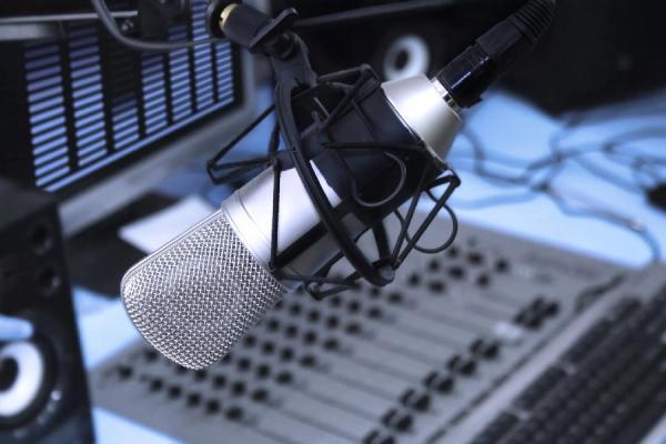 Jornalista Renato Ferraz inaugura Rádio Web em São Paulo