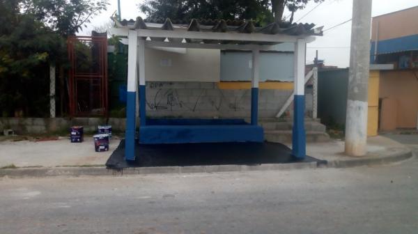 Prefeitura de Cotia reforma e implanta novos pontos de ônibus