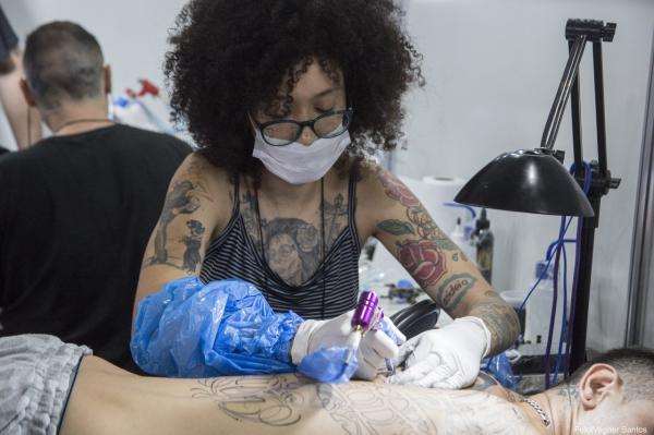 Cerca de oito mil pessoas passaram pela 1ª Convenção de Tattoo e Arte de Cotia