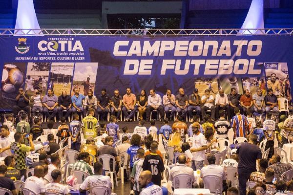 Prefeito Rogério Franco lança campeonato de futebol e anuncia projetos para o esporte