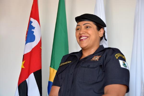 Após socorrer vítima de acidente, Guarda Civil é homenageada na Câmara