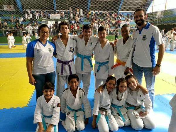Equipe de judô cotiana conquista oito medalhas