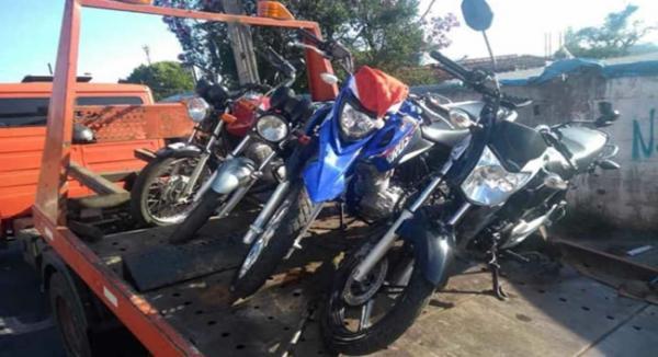 Operação da ROMU apreende motos e prende um procurado pela Justiça