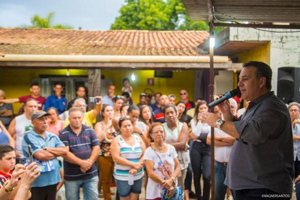 Prefeito Rogério Franco anuncia início da pavimentação da Estrada dos Pereiras