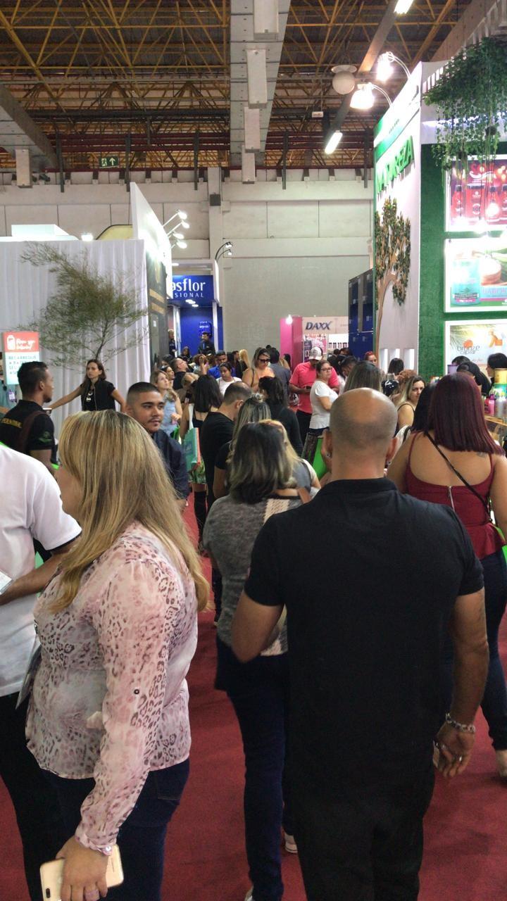 Fim de evento, acompanhe conosco esse último dia da feira Hair Brasil - 2019