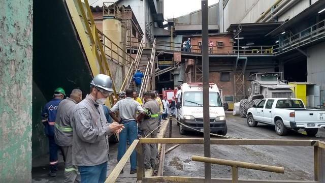 Acidente na CSN deixa trabalhadores com sinais de intoxicação em Volta Redonda