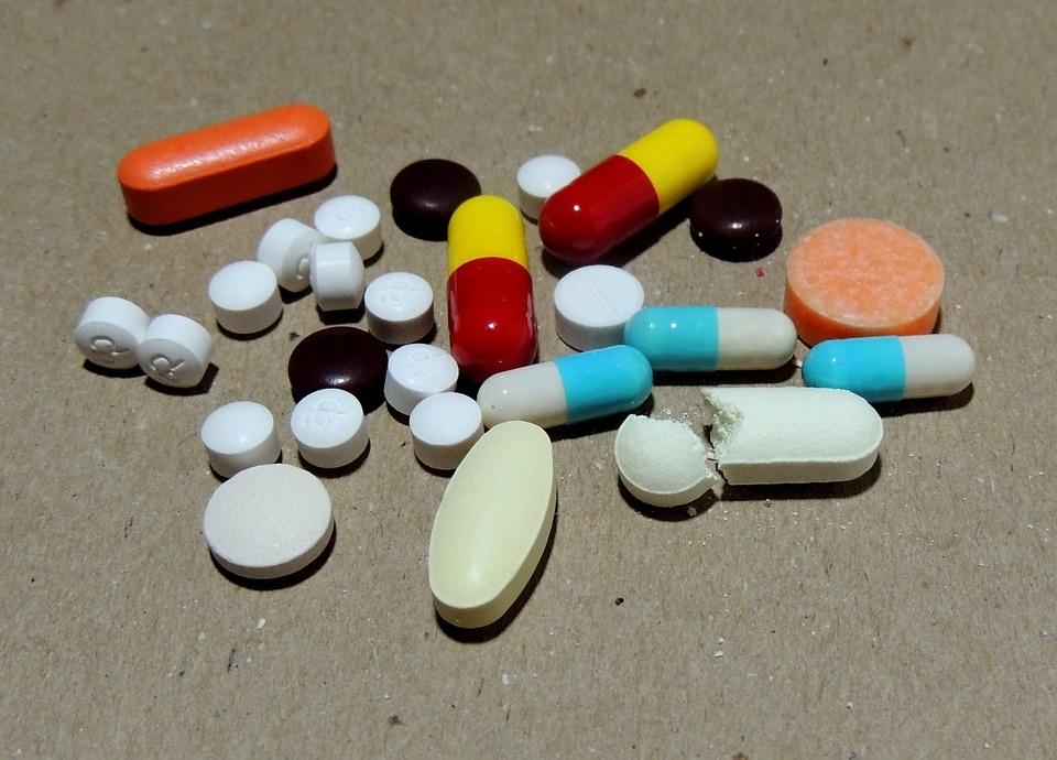 Pesquisa indica ineficácia de antidepressivos para adolescentes