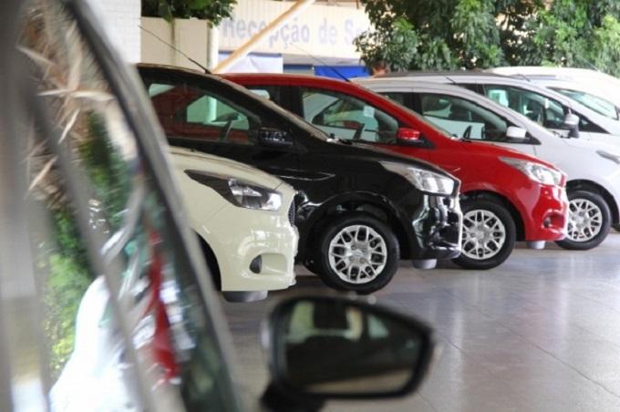 Vendas de veículos automotores caem 21,5% no primeiro semestre de 2016