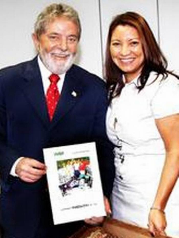 Conheça a namorada do ex-presidente Lula