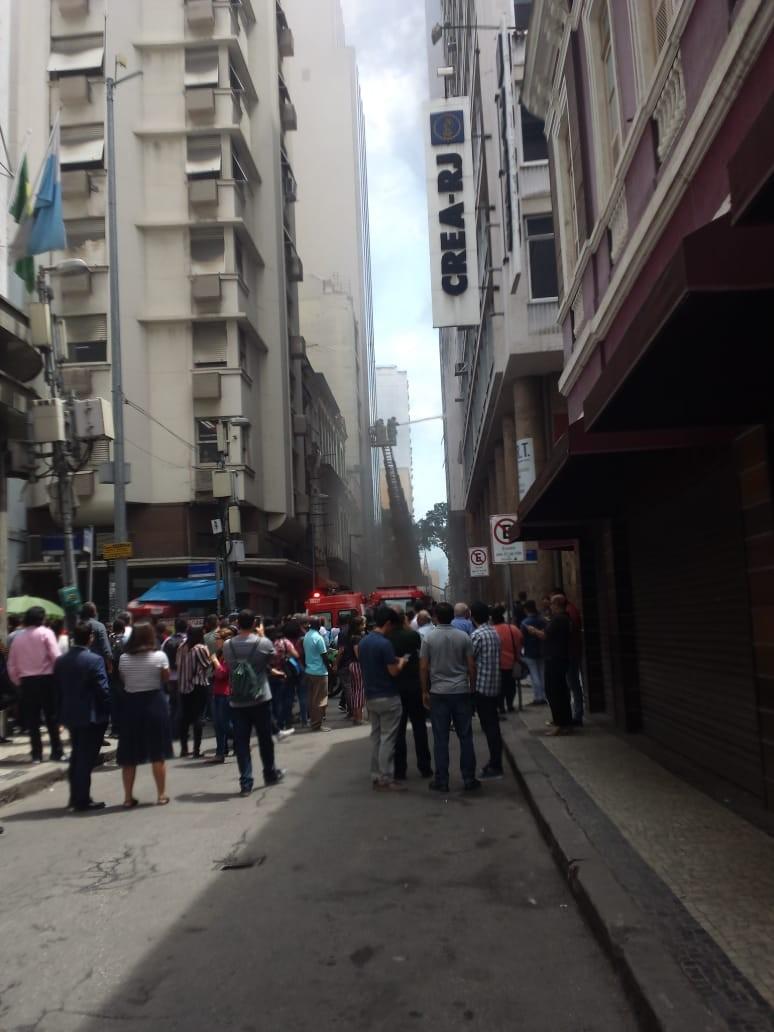 Whiskeria Quatro por Quatro é vítima de incêndio no Rio de Janeiro