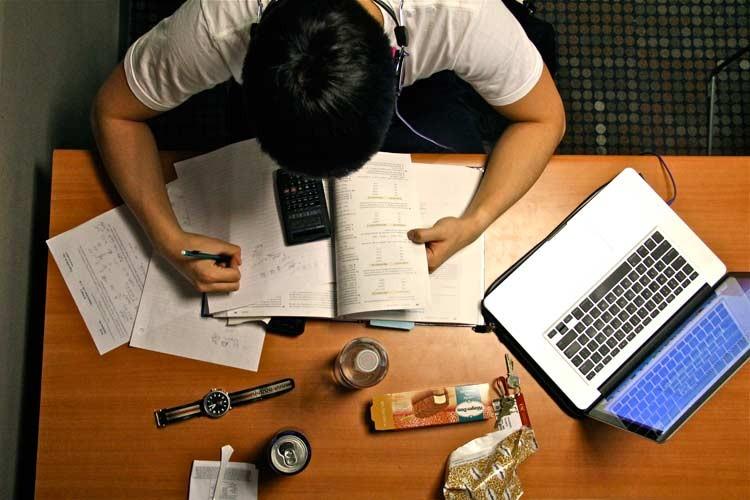 Enem: É hora de estudar ou relaxar na véspera da prova? Eis a questão
