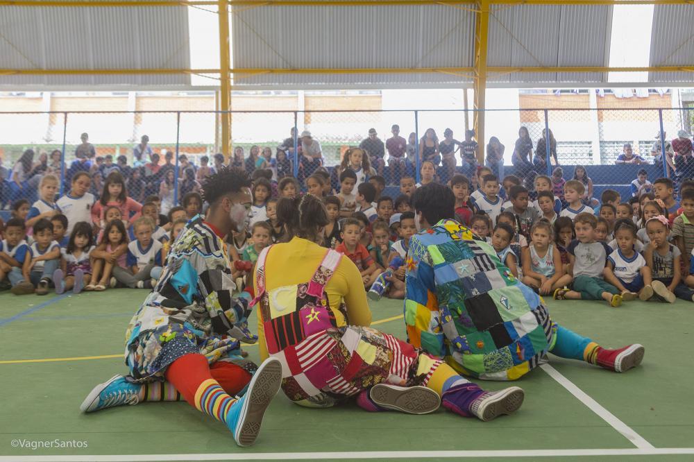 Teatro na escola - Wagner Santos