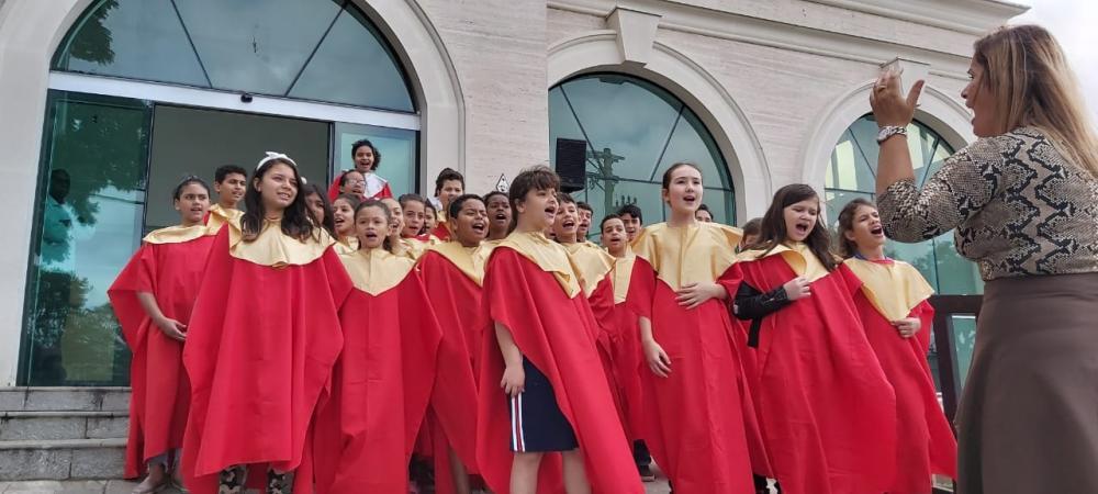Alunos da EM Jardim do Engenho apresentaram Cantata de Natal