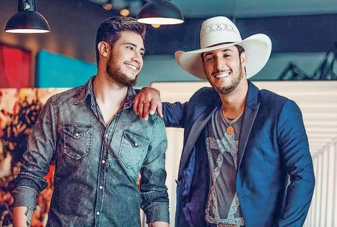 Bruno & Barretto divulgam primeira parte do DVD 'Live in Curitiba'