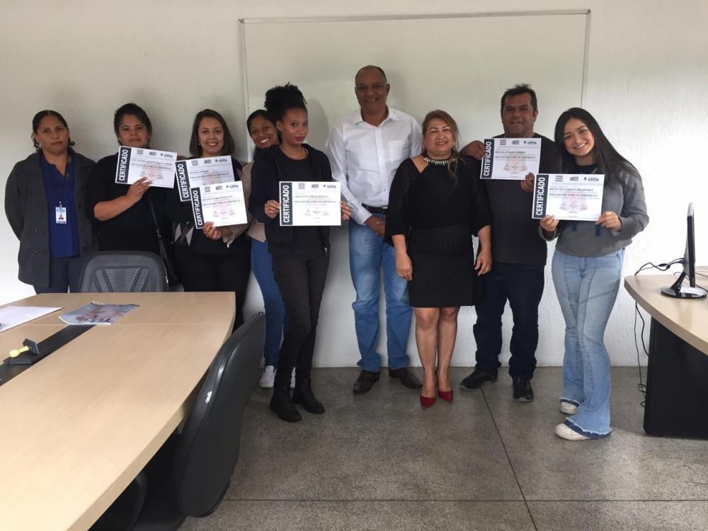 Prefeitura entrega certificados de conclusão do curso Time do Emprego