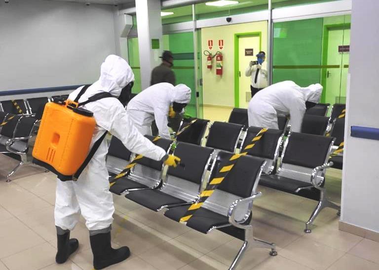 Exército realiza desinfecção em prontos-socorros