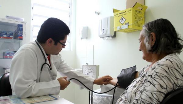 Prefeitura abre processo seletivo para contratar 103 médicos