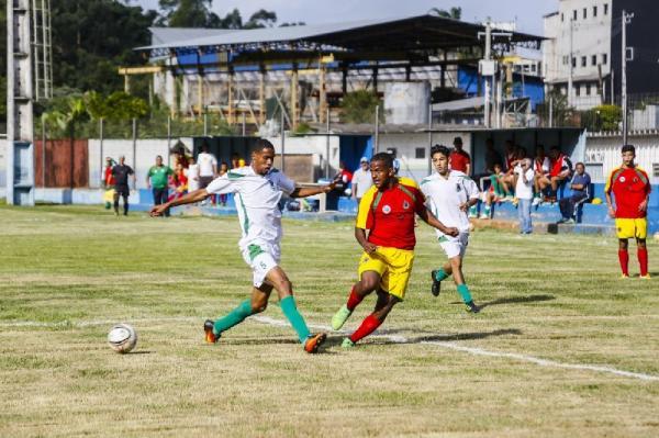 Futebol se classifica à segunda fase dos Jogos Abertos da Juventude